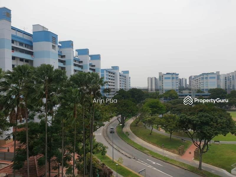 736 Yishun Street 72 #128896403
