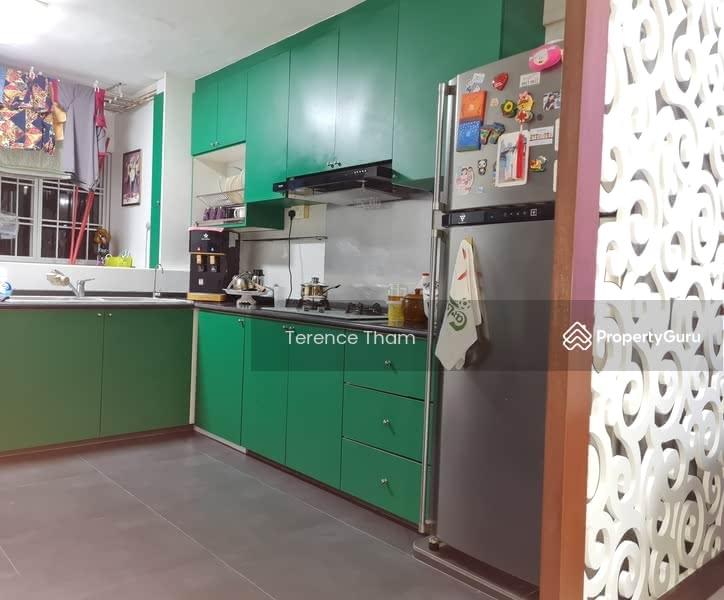 211 Jurong East Street 21 #128936307