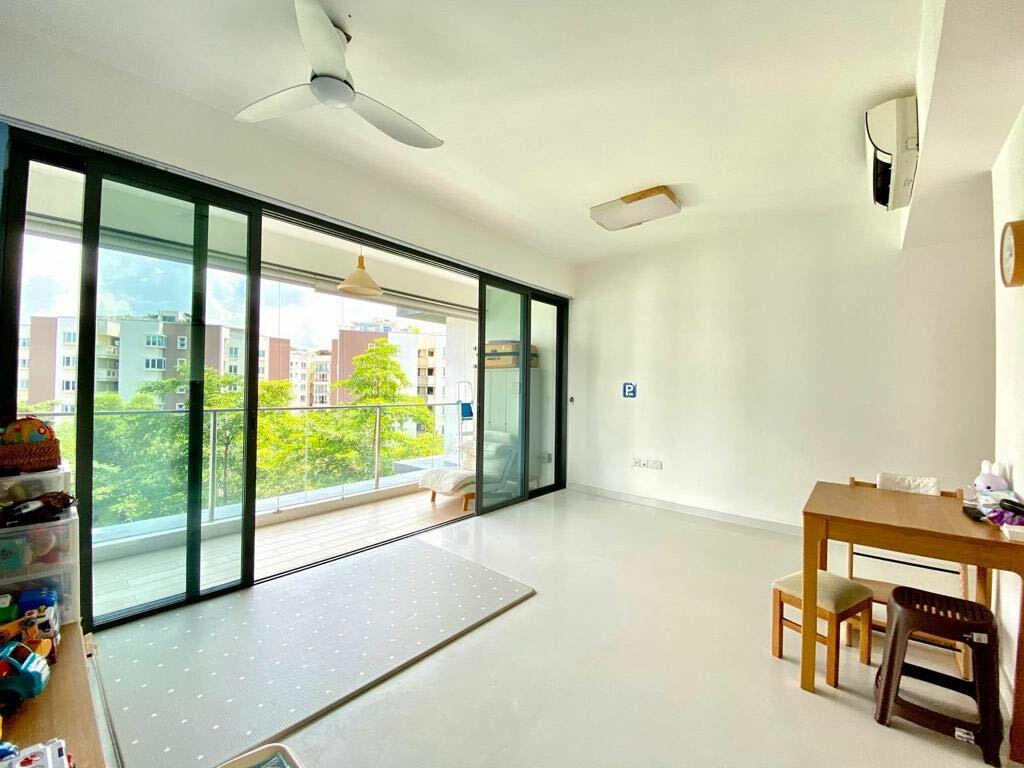 Hedges Park Condominium #129268169