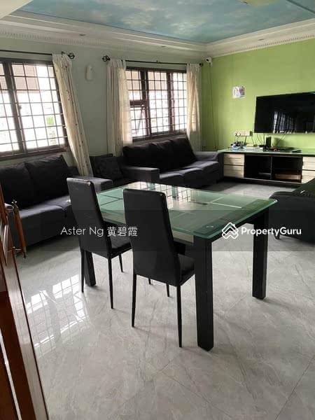 288B Jurong East Street 21 #128989267