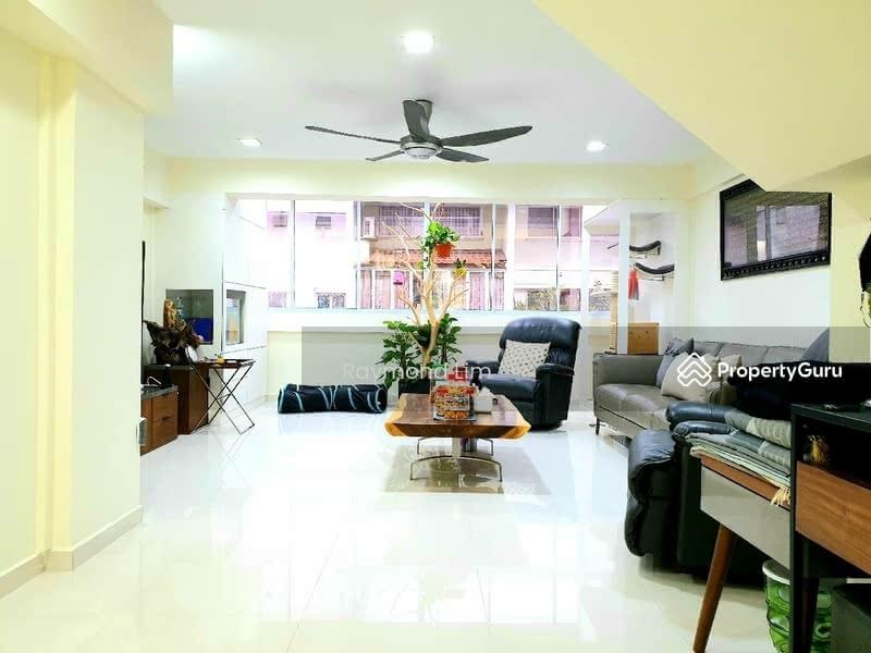 621 Hougang Avenue 8 #129005987