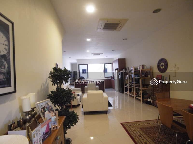 Tembeling - Big 3 Bed 4 Bath Peranakan 1700/3000sf Land! Ample Parking 1 Year/2 Yrs #129023647