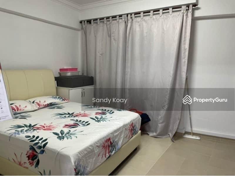 312 Jurong East Street 32 #129566413
