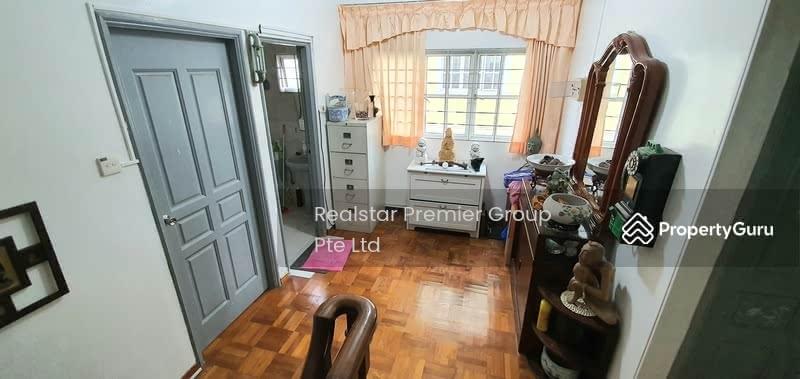Kembangan 3 storey Corner Terrace only $3.xM! Garden and mins walk to Eunos MRT! #129064033