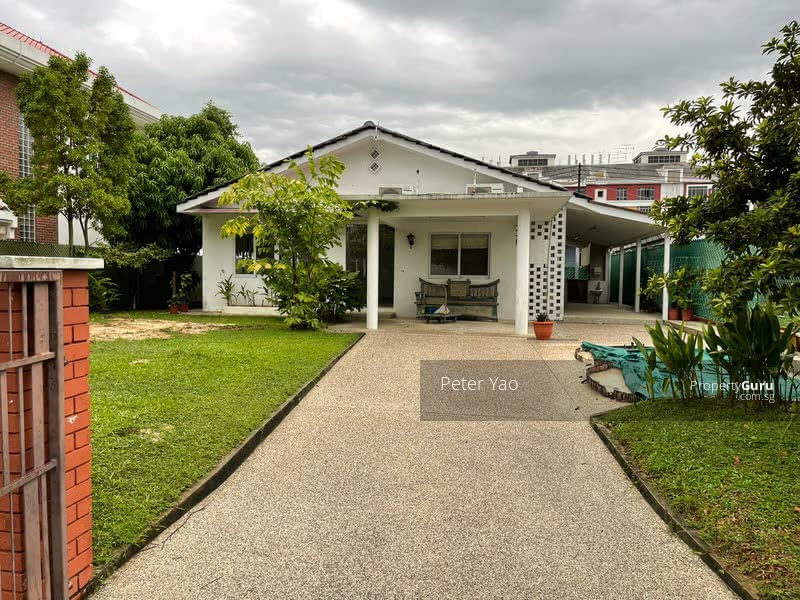 Single Storey Bungalow Filleth with Loving Coziness and Family Bonding #129095339