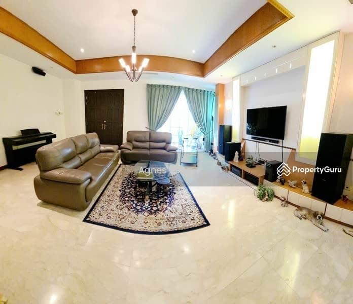 Mera Terrace #129142021