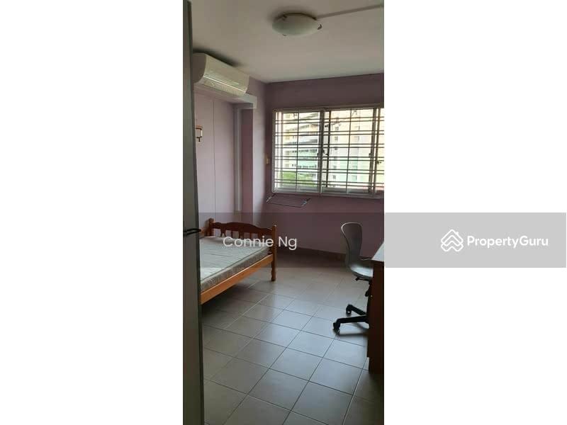 421 Hougang Avenue 10 #129142411