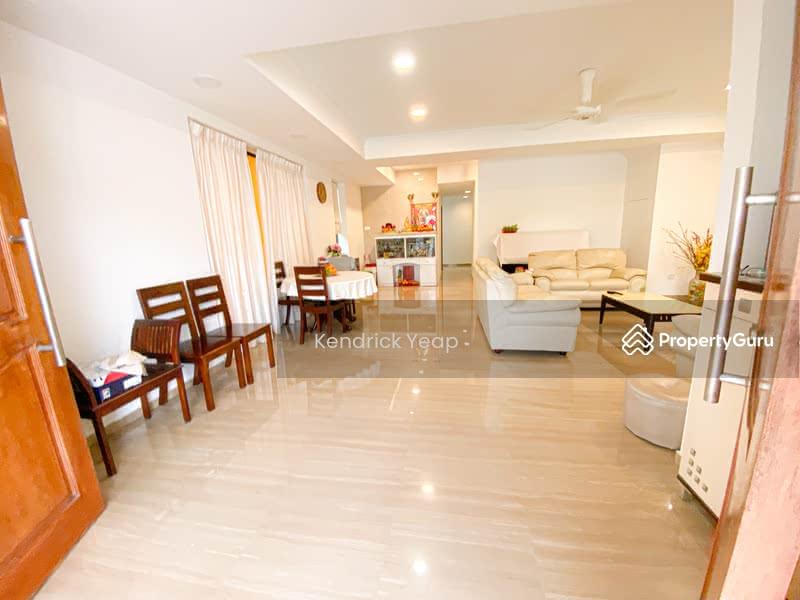 Li Hwan Drive #129173489