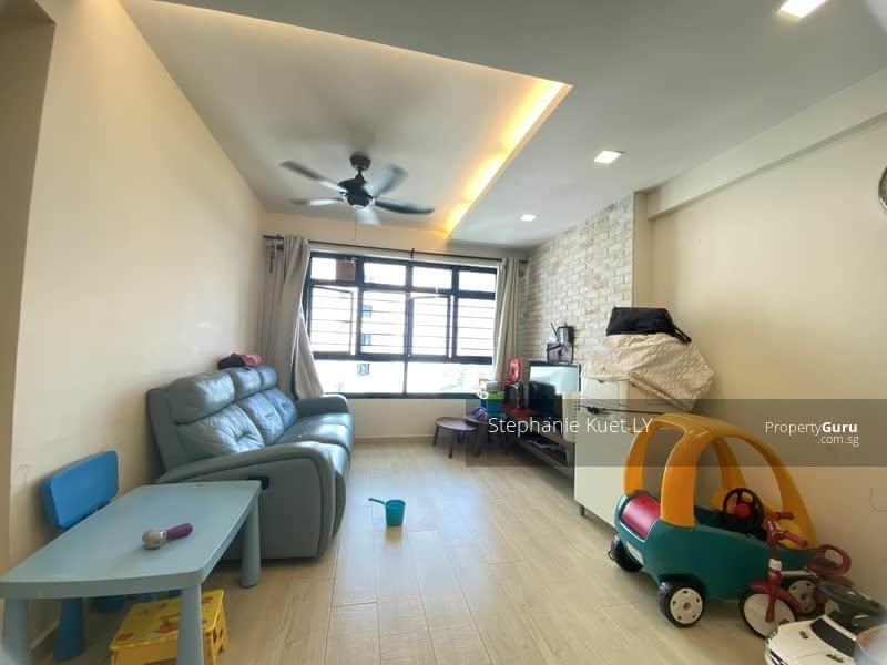 592A Montreal Link #129667455
