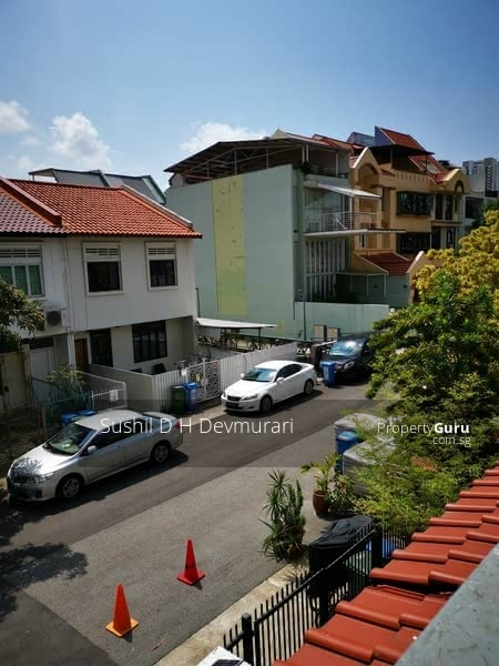 Strata Terrace House (2nd Floor Only) #129294407