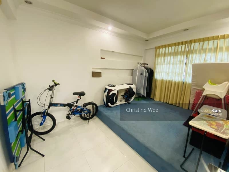 648 Ang Mo Kio Avenue 5 #129298001