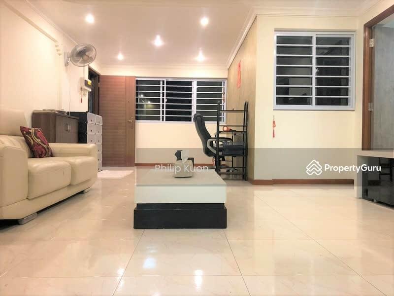 401 Hougang Avenue 10 #129303545