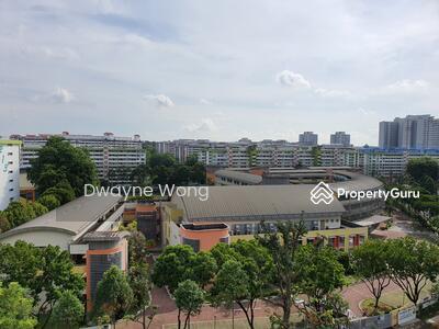 For Sale - 215 Ang Mo Kio Avenue 1