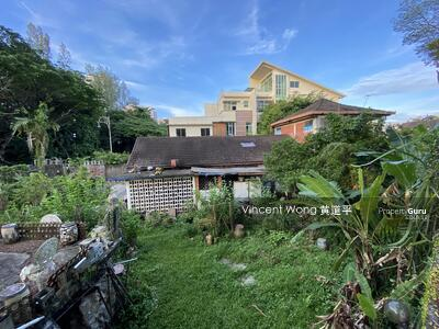 For Sale - Detached House in District 28