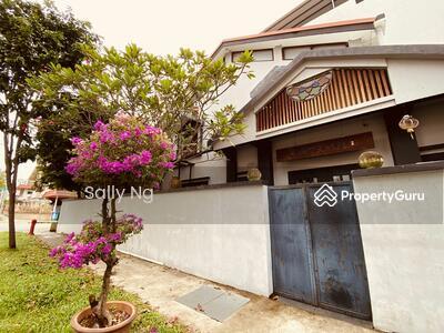 For Sale - Nostalgic Corner Terrace in the heart of Katong