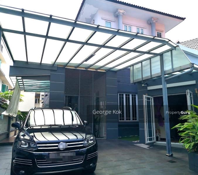 For Sale - Semi-Detached House in Lucky Heights Vicinity