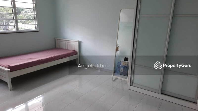686 Hougang Street 61 #130230363