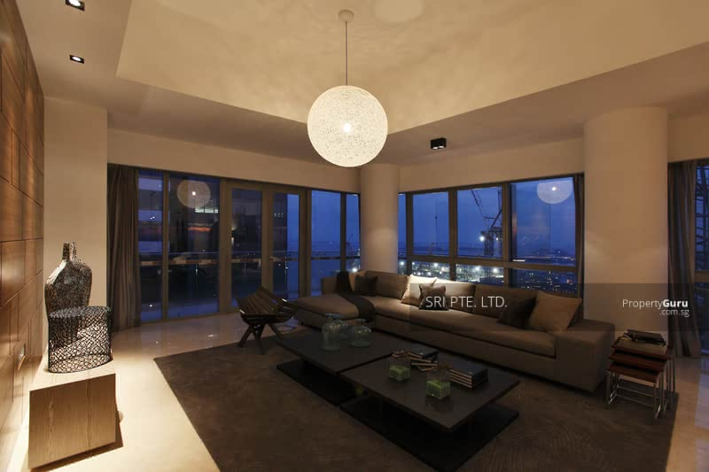 Penthouses in Marina Bay #129506823