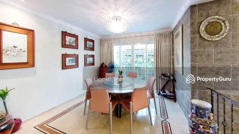 Dining room - Lionel Toh Realtor
