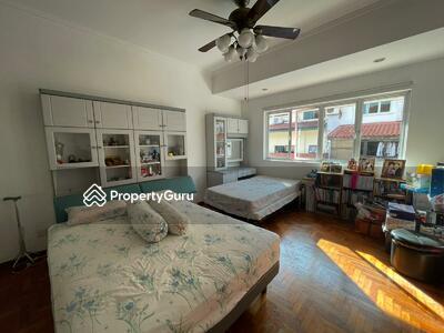 For Sale - Rare 2 storey inter terrace @ Sennett Estate