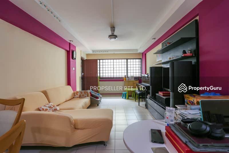 667 Hougang Avenue 4 #129523805