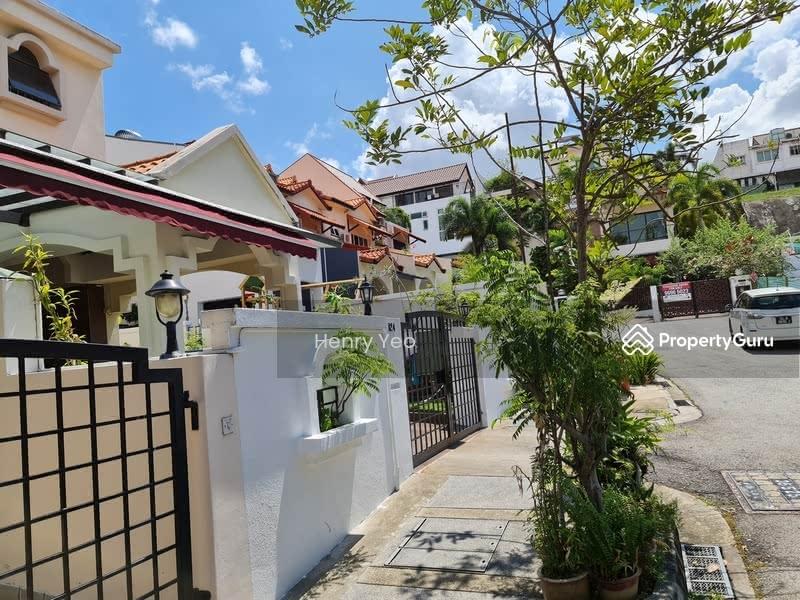 Modern Design Beautiful 2.5 Storey Corner Terrace @ Opera Estate #129528447