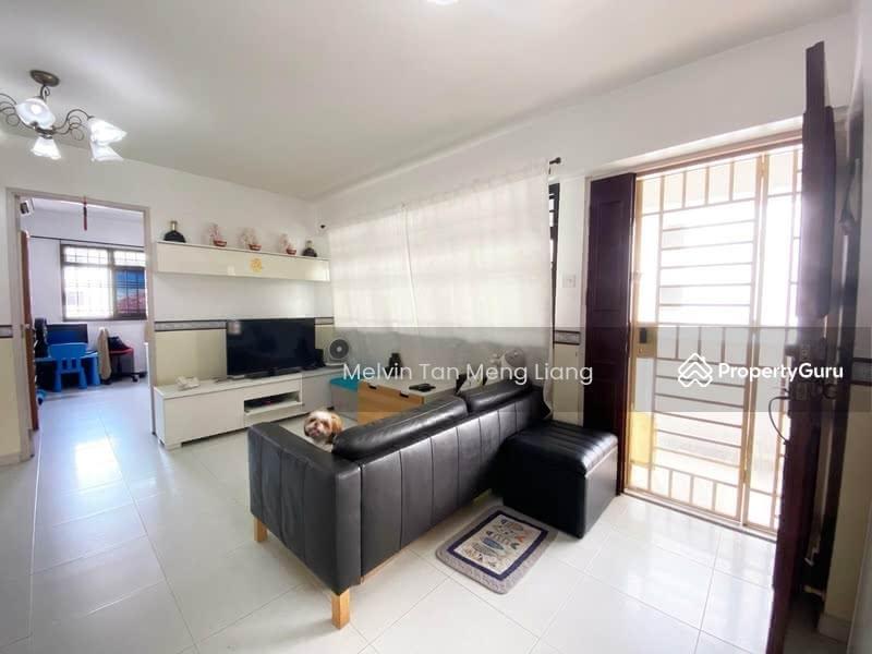 673A Jurong West Street 65 #129529545