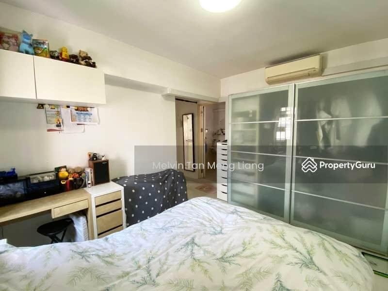 673A Jurong West Street 65 #129529567