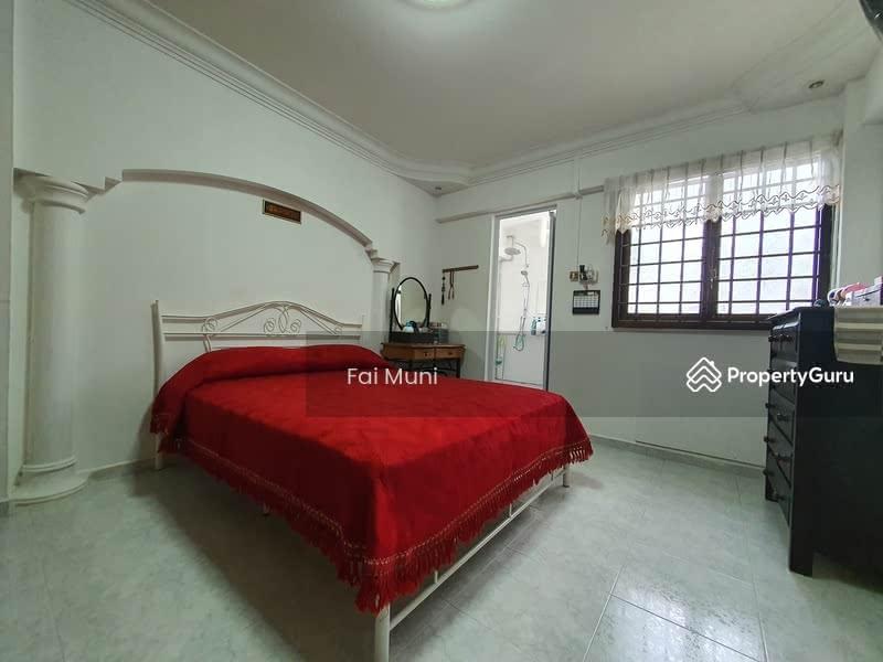 609 Yishun Street 61 #129555501