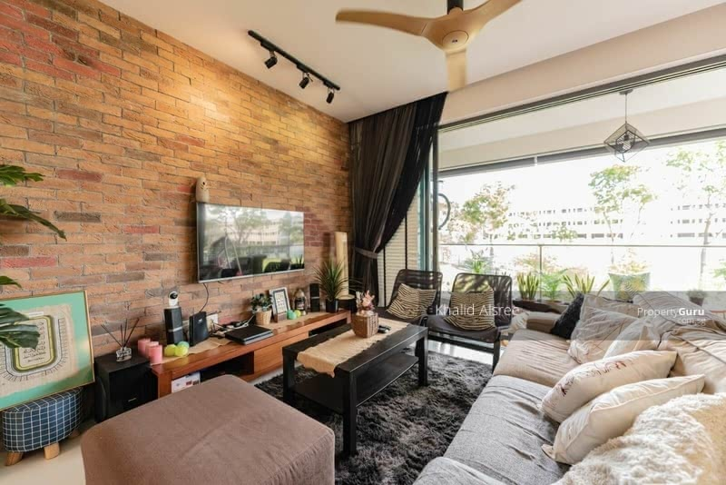 Hedges Park Condominium #129556945