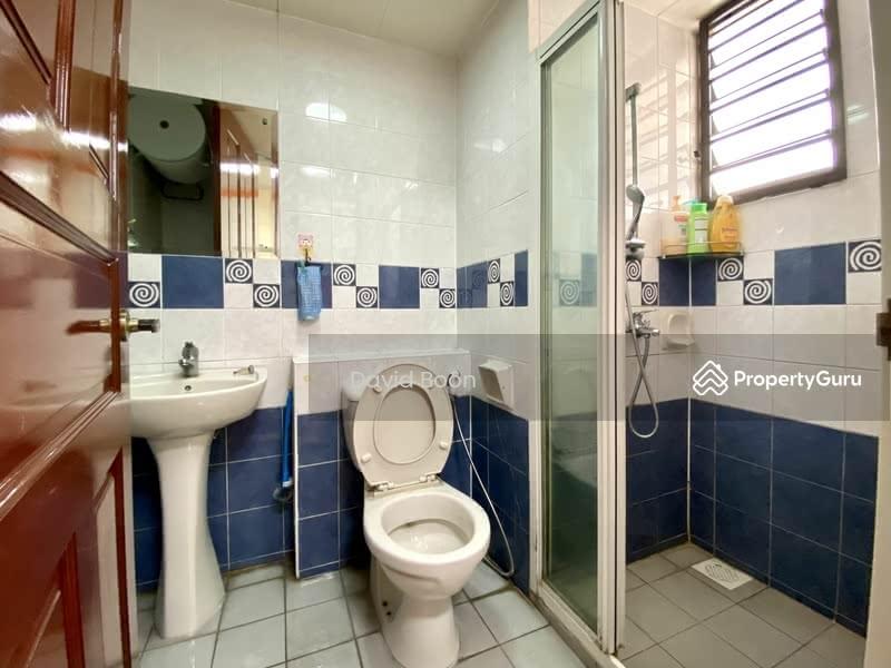 675B Jurong West Street 64 #129572991