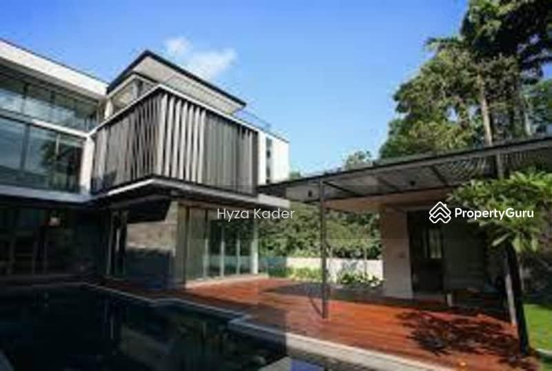 Gorgeous modern bungalow on Ocean Drive Sentosa Cove #129575519