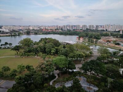 For Sale - Lakeside Tower with a view