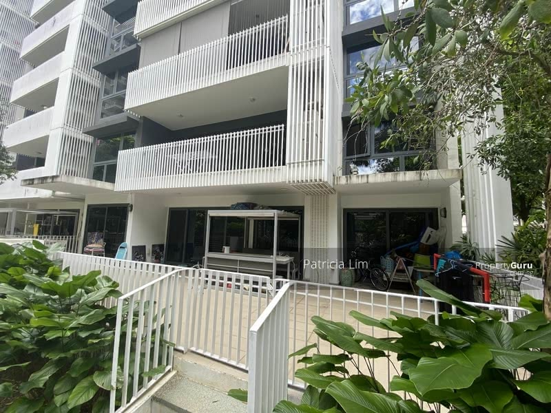 The Lakefront Residences #129717965