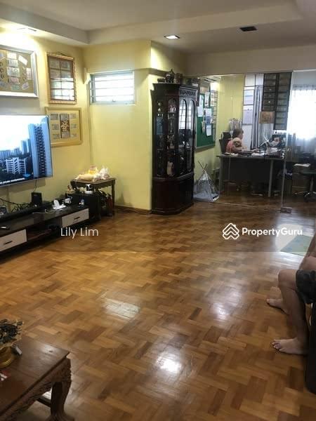 102 Hougang Avenue 1 #129909939