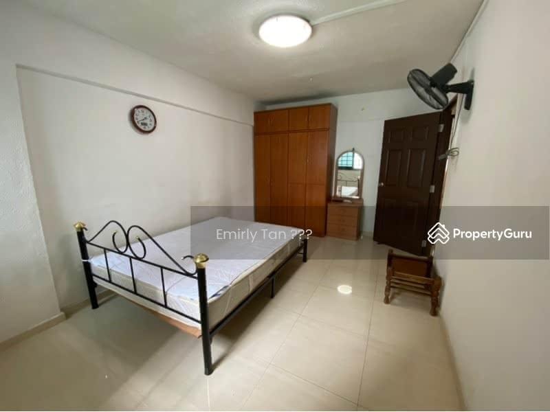 239 Hougang Street 22 #129654061
