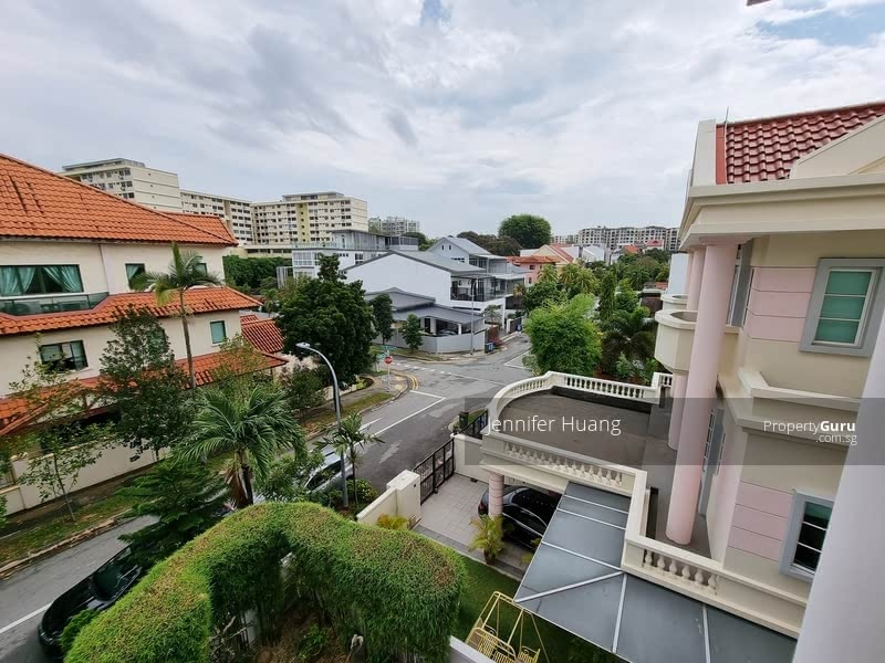 Semi-D within mins to MRT @ East View Garden #129633697