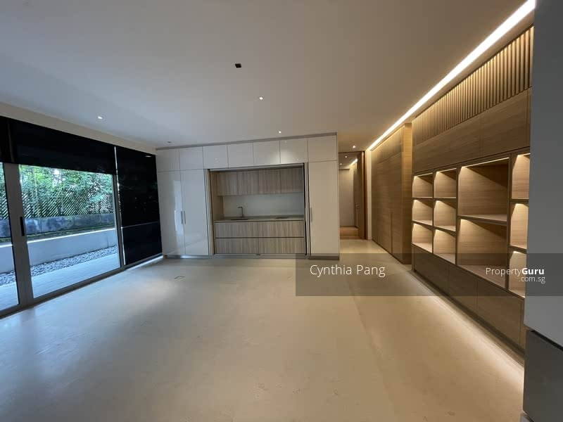 Stunning Designer bungalow in Sunset Heights with pool private lift and garden koi pond #129637511