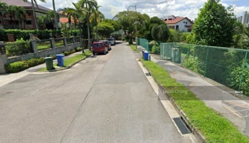 Rare Location! Large Land Size! Opposite Mall! #129651011