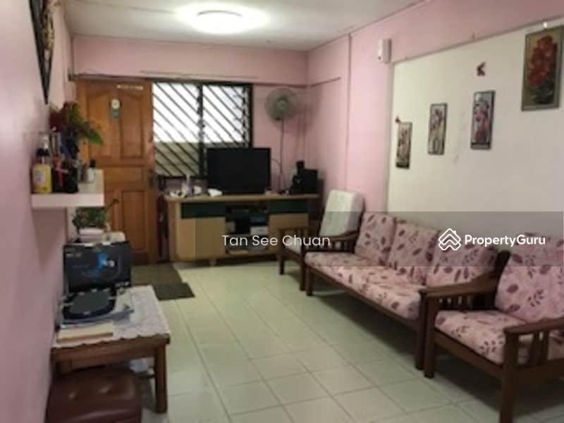 110 Hougang Avenue 1 #129669013