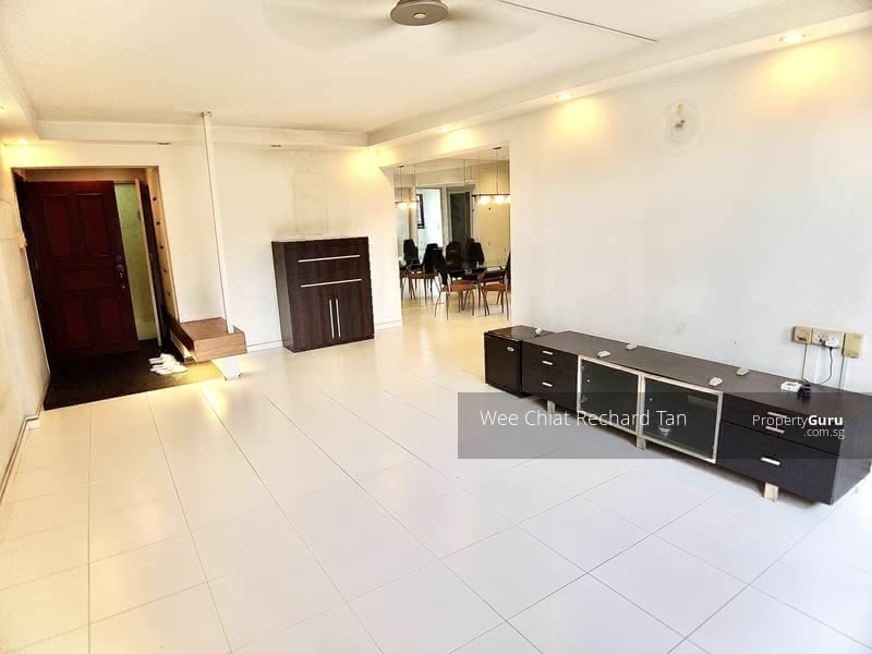 102 Jalan Dusun #129673657