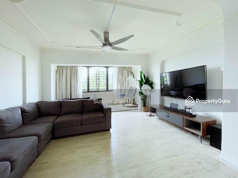 408 Jurong West Street 42 #129683333