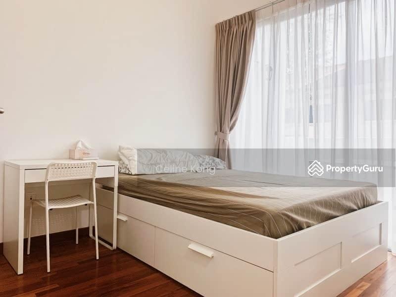 Casa Cambio #129687823