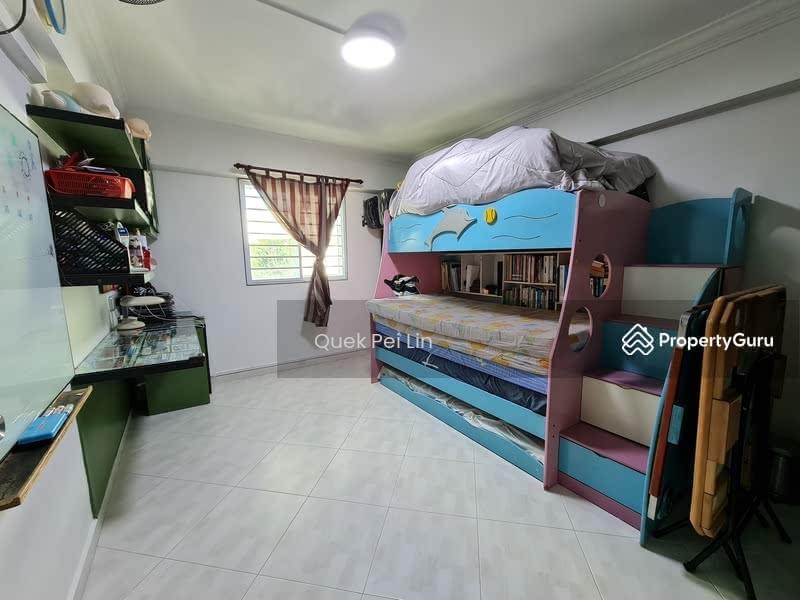 261 Jurong East Street 24 #129718551