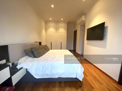 For Sale - ⭐⭐ Freehold Inter Terrace - Walk to MRT. View to Love the Unit