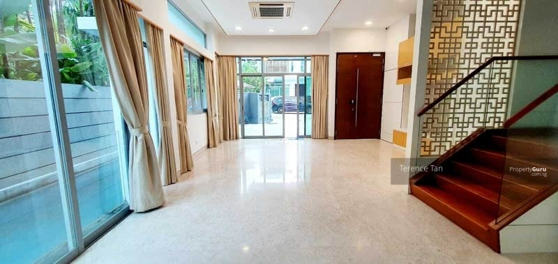 ⭐⭐Rare Buy @ $5.xxM Only, Move-In Semi-D at D11!  1KM to ACS, Mt Pleasant & Newton MRT! #129720317