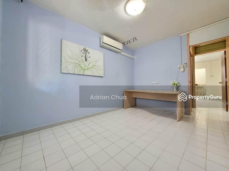 Common Room (Near Corridor)