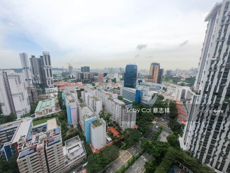Incredible Panoramic City Skyline View from all the rooms!