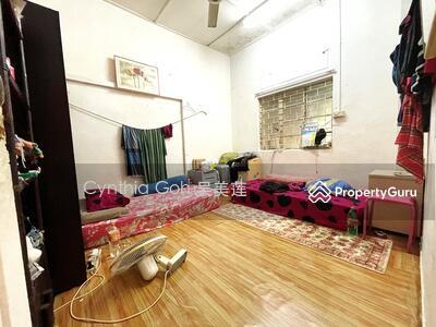 For Sale - ⭐️D19 ⭐️Rare original Terrace Near Kovan MRT ⭐️Cynthia 90907778