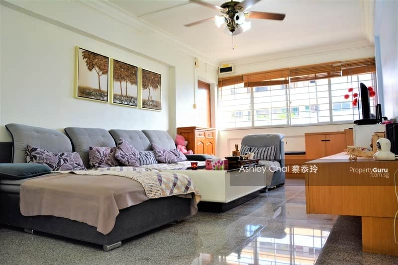 For Sale - 818 Tampines Street 81
